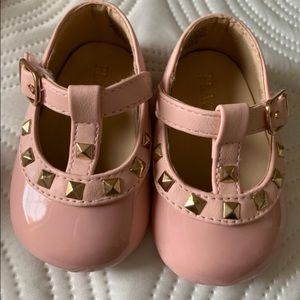 Baby girls faux Valentino shoes size 0-3 months